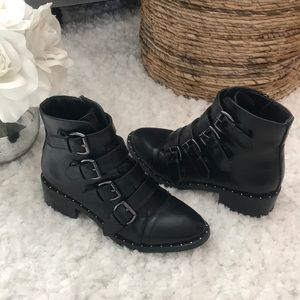 🌿A New Day Combat Boots— Size 6.5